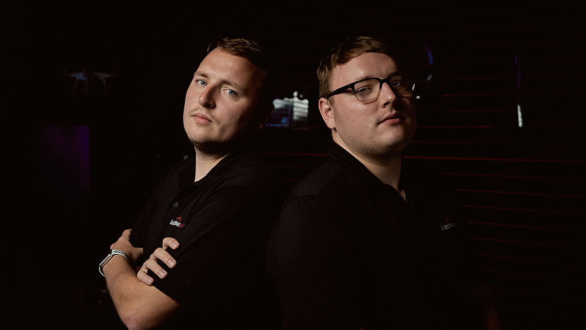 Twinning: Cody & Cole Zeller